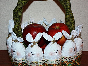 Пасхальная корзинка с зайцами, handmade