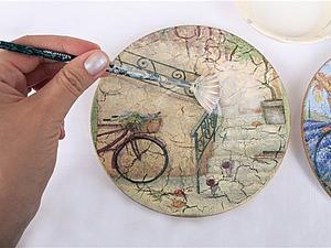 Декорируем керамические тарелки в техниках декупаж и кракелюр. Ярмарка Мастеров - ручная работа, handmade.