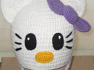 Вяжем крючком шапочку с ушками «Hello Kitty». Ярмарка Мастеров - ручная работа, handmade.