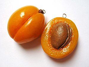 Plastique. Abricot | Foire Masters - faits à la main, fait main