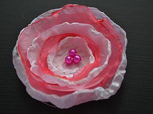 Делаем нежный цветок из органзы. Ярмарка Мастеров - ручная работа, handmade.
