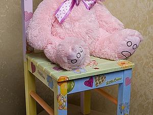 Декорируем стульчик для маленькой девочки. Ярмарка Мастеров - ручная работа, handmade.