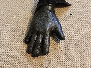 Делаем кожаные перчатки для авторской куклы. Ярмарка Мастеров - ручная работа, handmade.