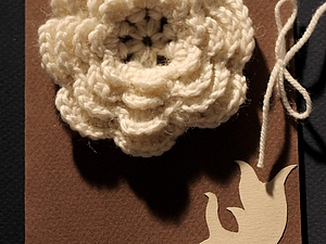 Открытка с вязаным цветком. Ярмарка Мастеров - ручная работа, handmade.