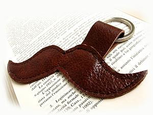 Брелок-усы для ключей. Ярмарка Мастеров - ручная работа, handmade.