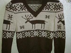 как связать свитер с оленями для мальчика год.