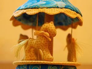Карусель, ёлочная игрушка. Бесплатная выкройка. | Ярмарка Мастеров - ручная работа, handmade
