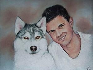 Рисуем сухой пастелью портрет актера Тэйлора Лотнера с собакой. Ярмарка Мастеров - ручная работа, handmade.
