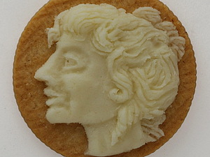 Камеи из... печенья  от Judith Klausner | Ярмарка Мастеров - ручная работа, handmade