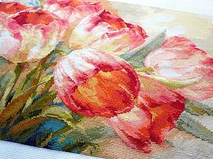 Вышивка фото тюльпан