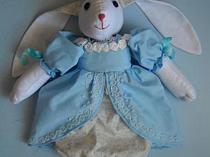 Аукцион на куклу-пакетницу
