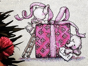 Схема вышивка крестом с подарком 63