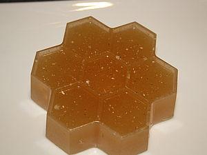 Мыло ручной работы с овсянкой, медом и молоком.. Ярмарка Мастеров - ручная работа, handmade.