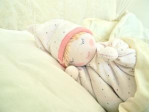 Грелка-куколка с вишневыми косточками. Ярмарка Мастеров - ручная работа, handmade.