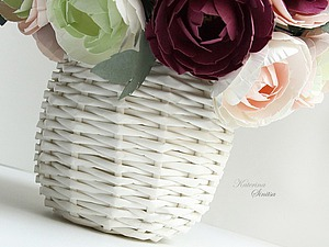 Плетём корзинку-вазу из бумажной лозы. Ярмарка Мастеров - ручная работа, handmade.
