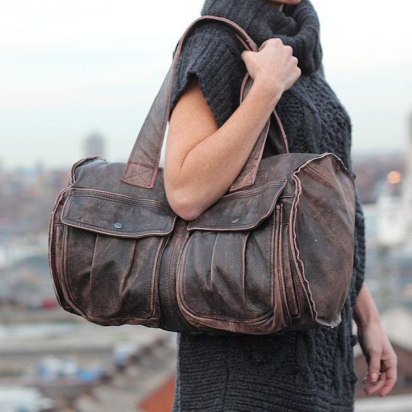 сумка из старого кожаного пиджака.