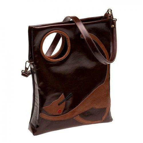 В марте вселюбители кошек могут либо выиграть сумку с пушистыми питомцами, либо получитьскидку на всю продукцию...