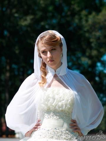 Венчальная накидка-рукава с капюшоном. .  Примерно то что я хочу представлено на фото. .
