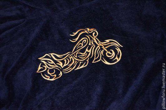 Махровые бамбуковые  халаты с любой индивидуальной вышивкой на заказ