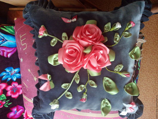 Текстиль, ковры ручной работы. Ярмарка Мастеров - ручная работа. Купить Подушка с ленточной вышевкой. Handmade. Серый, лента