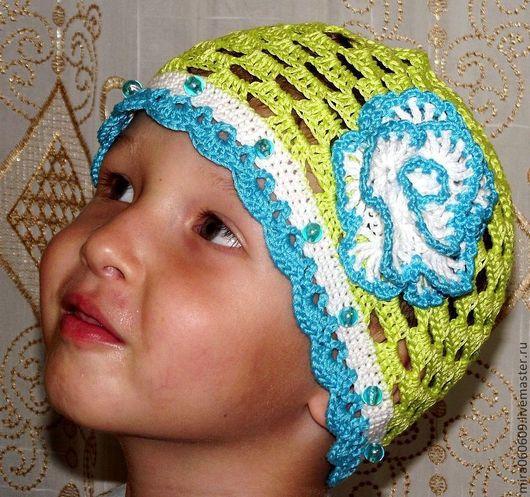 Летняя шапочка для девочки , свяжу на заказ, возможны варианты цвета, размера и украшения.