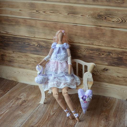 Куклы Тильды ручной работы. Ярмарка Мастеров - ручная работа. Купить Куколка Лия в стиле Тильда (в комплекте с улиточкой и сердечком). Handmade.