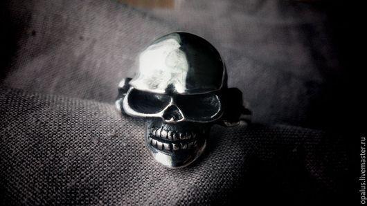 """Украшения для мужчин, ручной работы. Ярмарка Мастеров - ручная работа. Купить Кольцо """"Черепундель"""". Handmade. Кольцо из серебра, мужское кольцо"""