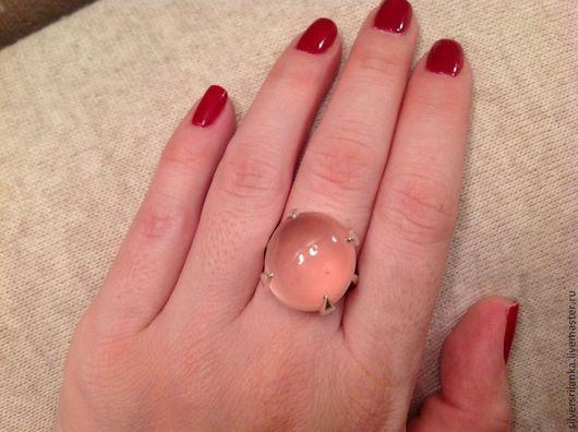 Кольца ручной работы. Ярмарка Мастеров - ручная работа. Купить Кольцо серебряное с натуральным розовым кварцем. Handmade. Бледно-розовый