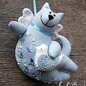 Куклы и игрушки ручной работы. Ярмарка Мастеров - ручная работа Летящий кот с птичкой. Handmade.