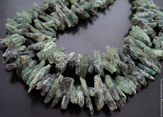 Для украшений ручной работы. Ярмарка Мастеров - ручная работа. Купить Кианит камни природные 16-25мм, нитка 19см. Handmade.