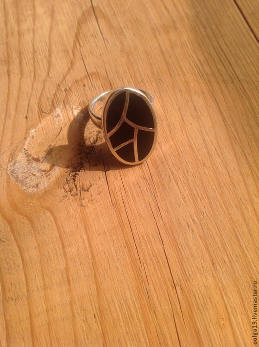 Кольца ручной работы. Ярмарка Мастеров - ручная работа. Купить Кольцо из серебра 925 пробы инкрустировано черным ониксом. Handmade.