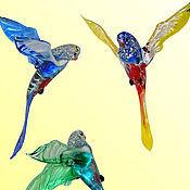 Подарки к праздникам ручной работы. Ярмарка Мастеров - ручная работа Интерьерное стеклянное украшение  - птица  Попугай. Handmade.