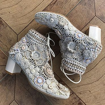 Обувь ручной работы. Ярмарка Мастеров - ручная работа Ботинки: кружевные цвета льна. Handmade.