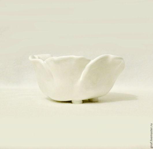 """Пиалы ручной работы. Ярмарка Мастеров - ручная работа. Купить """"Белый тюльпан"""". Керамика.. Handmade. Белый, люся люсич, глазури"""