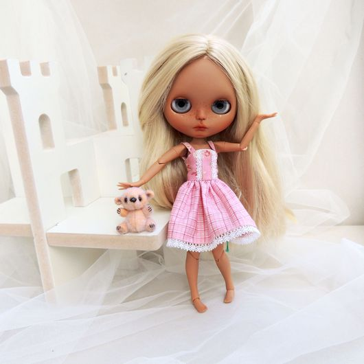 Одежда для кукол ручной работы. Ярмарка Мастеров - ручная работа. Купить Летний сарафан для Blythe. Handmade. Blythe, кукольная одежда