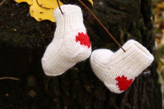Носки, гольфы, гетры ручной работы. Ярмарка Мастеров - ручная работа. Купить Носочки  для новорожденных. Handmade. Носочки вязаные, для малышки