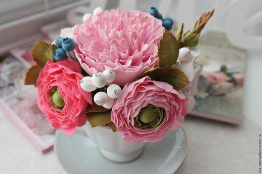"""Интерьерные композиции ручной работы. Ярмарка Мастеров - ручная работа. Купить Цветочная композиция в чашке  """"La fleur romantique"""". Handmade."""