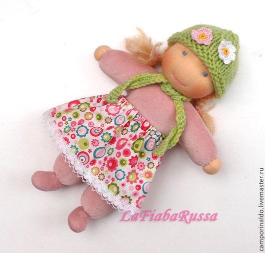 Вальдорфская игрушка ручной работы. Ярмарка Мастеров - ручная работа. Купить Дашенька вальдорфская кукла в пришивном комбинезоне. Handmade. Фуксия