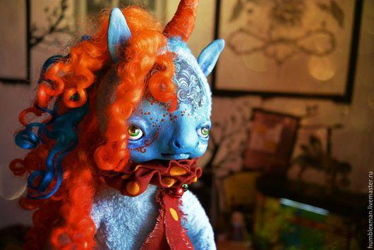 Куклы и игрушки ручной работы. Ярмарка Мастеров - ручная работа. Купить Единорожек. Handmade. Подвижная игрушка, коралловый, рыжий, бубенчики