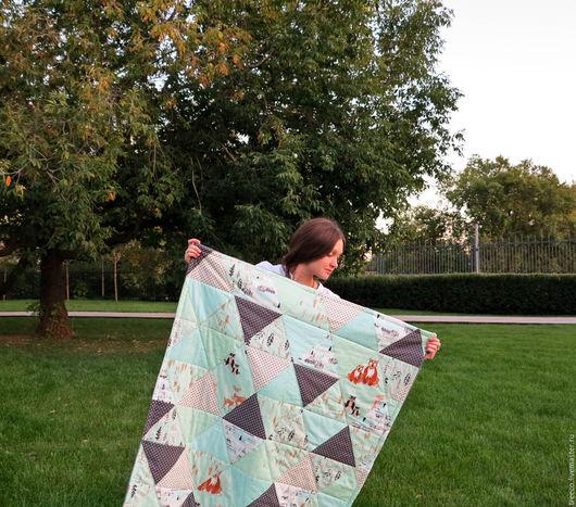 Пледы и одеяла ручной работы. Ярмарка Мастеров - ручная работа. Купить Лоскутное одеяло с плюшем для новорожденных. Handmade. Серый