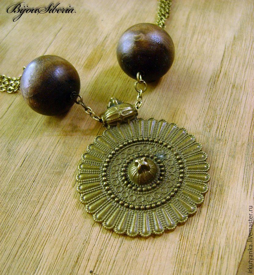 Колье из деревянных бусин с медальоном, Колье, Иркутск, Фото №1