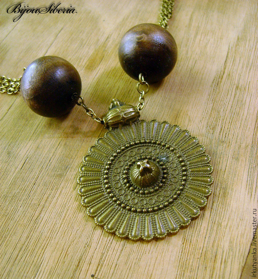 A necklace of wooden beads with medallion, Necklace, Irkutsk,  Фото №1