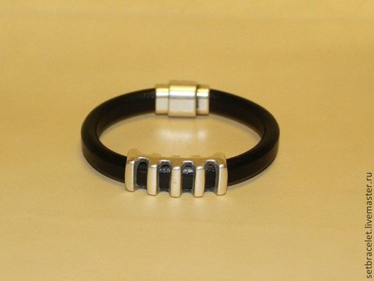 Украшения для мужчин, ручной работы. Ярмарка Мастеров - ручная работа. Купить Мужской кожаный браслет объемный шнур черный. Handmade.