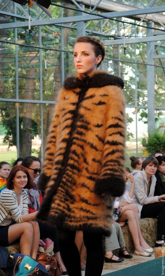 Пальто из собачьей шерсти `Тигр`