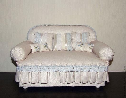Кукольный дом ручной работы. Ярмарка Мастеров - ручная работа. Купить диван-шкатулка Неженка. Handmade. Бежевый, шкатулка, текстиль