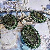 Украшения handmade. Livemaster - original item Beaded decoration. Kit Layla earrings and pendant. Handmade.