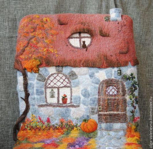 Текстиль, ковры ручной работы. Ярмарка Мастеров - ручная работа. Купить Домик Осенний. Чехол на стул.. Handmade. Войлок, покрывало