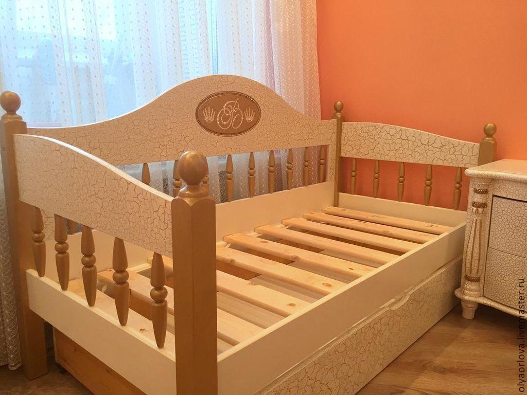 Кроватка заказанная у мастера