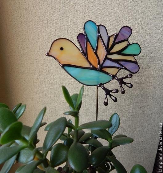 """Украшения для цветов ручной работы. Ярмарка Мастеров - ручная работа. Купить """"Птичка в полёте"""" декор для цветов. Handmade. Витраж, сиреневый"""