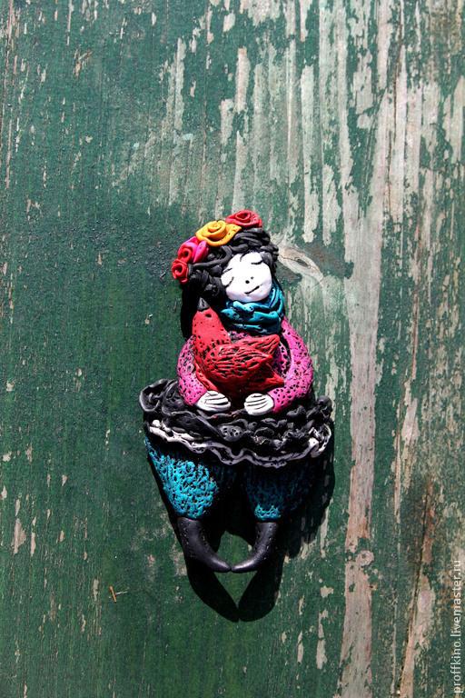 """Броши ручной работы. Ярмарка Мастеров - ручная работа. Купить БРОШЬ ФРИДА"""". Handmade. Фрида Кало, девушка с цветами"""